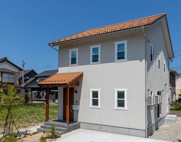  ママン上越 ナチュラル mamanの家 可愛いおうち 上越市 糸魚川市 妙高市 デザイン住宅 ビンテージ かわいいお家 エイジング デザインコンクリート おしゃれな家 塗り壁 